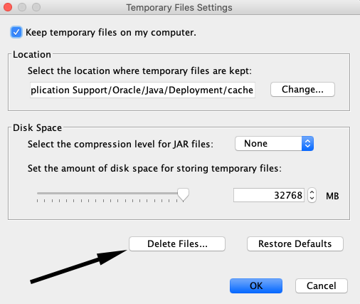Arrow pointing to Delete Files in Temporary Files Settings